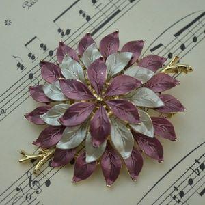 Vintage Cascade Flower Textured Leaf Brooch